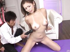 Gorgeous Asian hottie Mai Kuroki blows and fucks
