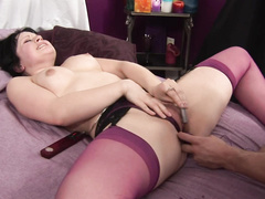 Hungry badass fingers chunky babe's hot snatch