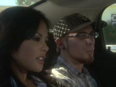 An Afternoon Carpool Turns Into a Wild Xxx Threesome