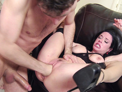 Passion inside brunettes Bonnie Rotten and Veronica Avluv is growing during gangbang