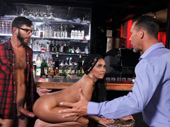Cheating girlfriend Aaliyah Hadid gets caught fucked by the bartender
