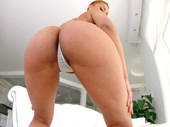 Fantastic bombshell from Angola Halona Vog shows her holes