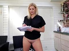 Mesmerizing bottomless doctor XXX video