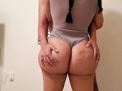 This thick MILF is thickalicious and she only wants kinky XXX sex
